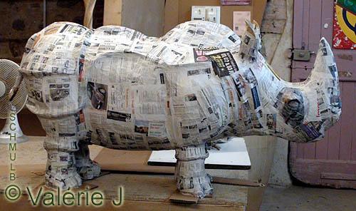 Bekannt Rhinoceros et éléphants en papier mâché YX65